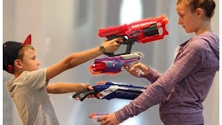 Nerf WAR! BOY vs GIRL! thumbnail