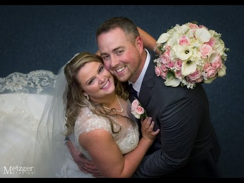 Fun wedding photography at Spring Valley Country Club