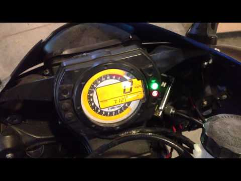Simple: How to pull the diagnostic codes Kawasaki ZX6R . Dealer Mode 1, 2006 636 FI light, F1
