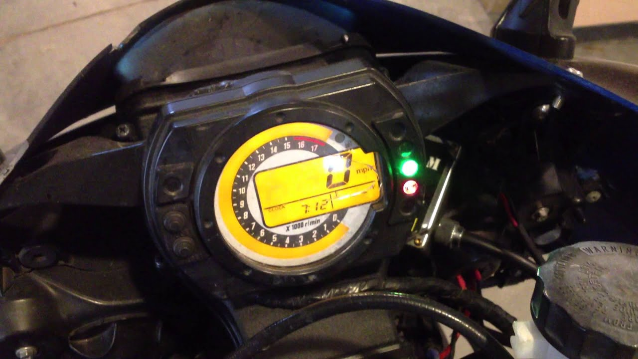 Simple: How to pull the diagnostic codes Kawasaki ZX6R  Dealer Mode 1, 2006 636 FI light, F1