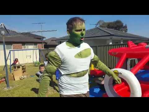Super-Hero Parties Australia - Hulk Party Entrance