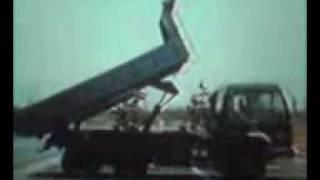 三菱ふそうザ・グレート ダンプ 油圧シリンダー