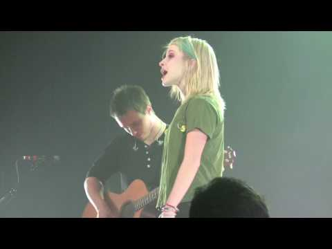 Hayley Williams & Josh Farro - You Ain't Woman Enough (Loretta Lynn cover) - Paramore