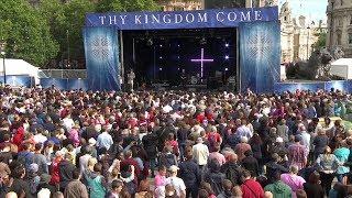 Mii de crestini din Marea Britanie au participat la adunarile Vie Imparatia Ta