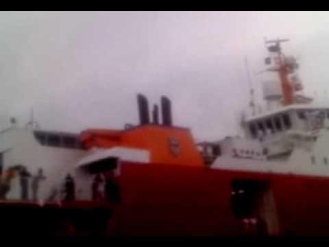 Despedida do Navio Almirante Maximiano H41.
