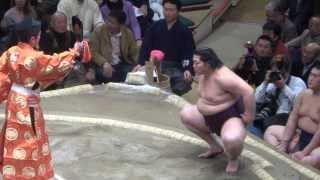 20140113 大相撲初場所2日目 遠藤 vs 嘉風.
