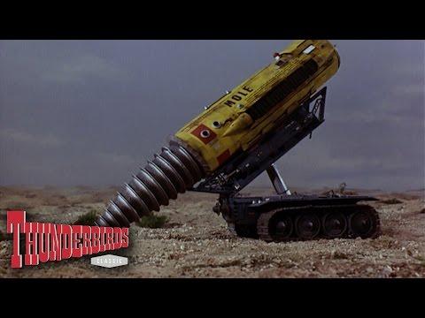 Scott Gets Virgil Out Of A Hot Spot - Thunderbirds