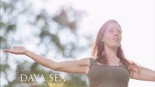 Hoch in den Himmel wie ein Baum (Tief in die Erde wie ein Baum) - Daya Sea