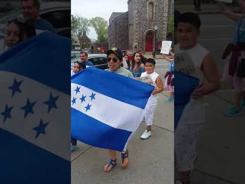 TPS activists rally in Morristown for Hondurans