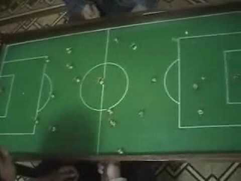Futbol de mesa magnetico youtube for Juego de mesa de futbol