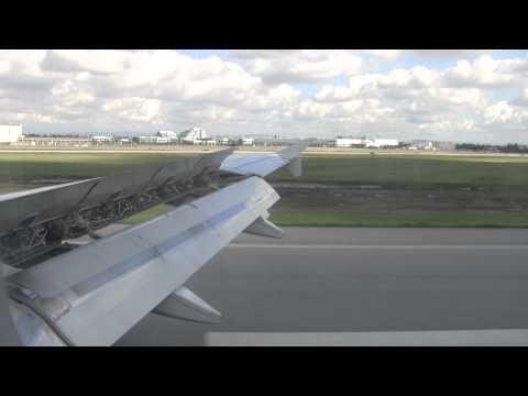 Jet Blue landing LongBeach