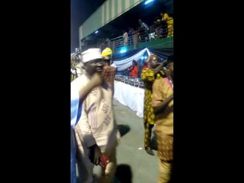 Oni of ife arriving at Lagos country club 2015 end of year party