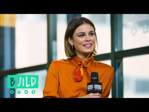 Nathalie Kelley Speaks On The CW Series,