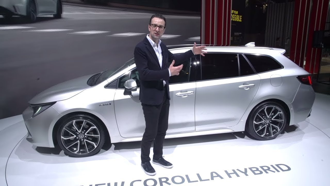 All New 2019 Corolla Touring Sports Review Toyota Ireland Youtube