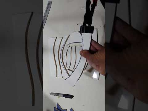 How to score, snap, cut and break mosaic glass, mirror and ceramic with the Score and Snap Tool.