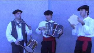 "Basque Musicians Play ""Andre Maddalen"""