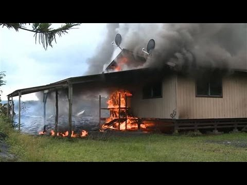 Hawaii Home on Fire Due to Puna Lava Flow