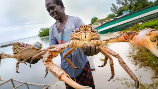 Huge Caribbean KING CRAB  RUNDOWN!! Jamaican Seafood Tour  Jamaica!