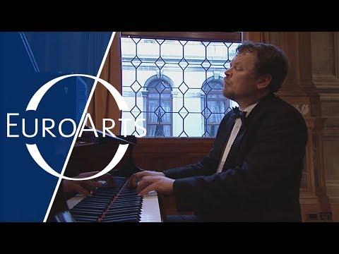 Nikolai Demidenko: Bach - Prelude & Fugue No. 3 In C-sharp Major BWV 872 | WTC Book II