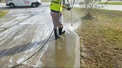 Pressure Washing Edges In Driveway in Champions Gate, Davenport Fl 407-572-4118