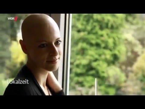 Schönlinge- Fotoprojekt mit kahlköpfigen Frauen