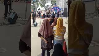 Goyang dangdut ramayana juanda bekasi.by RTV