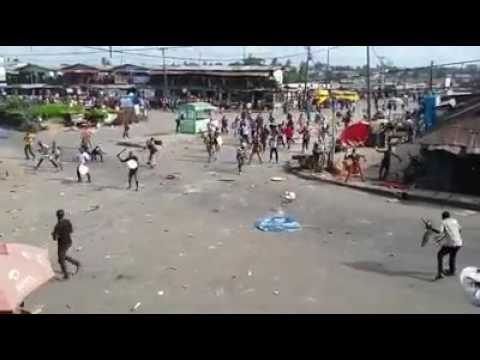 Brutal Bloody Street Fight Between 2 Rival Communities In Lagos Nigeria(Romans vs Spartans)