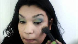 eye shadow tutorial using very cheap make-up :) Thumbnail