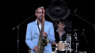 Tommy Tornado and the Clerks live in Gent 2016  -  Mascarade