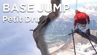 Tentative Petit Dru base jump Chamonix Mont-Blanc Ruby Rhem Beaugey Itzstein - 6811