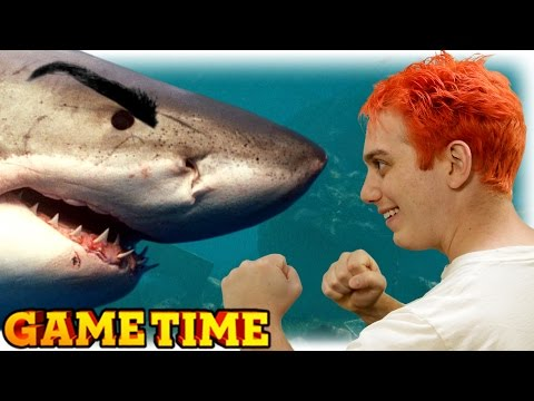 LASERCORN FIGHTS A SHARK! (Gametime w/ Smosh Games)
