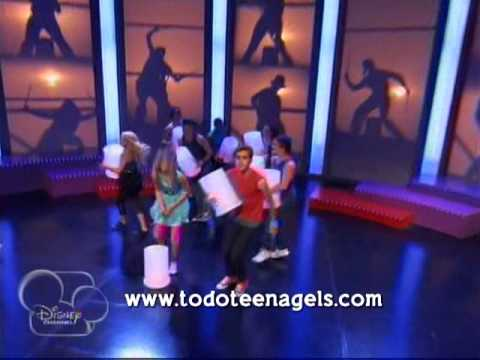Violetta 2 ~ On beat (Show) Videos De Viajes