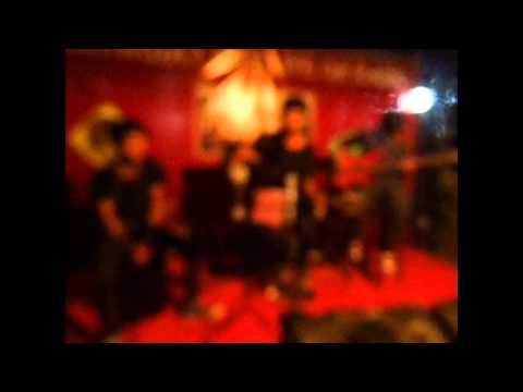 Adera - Terlambat cover by Lamia Acoustic