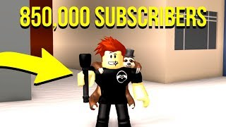 "ROBLOX YOUTUBE SIMULATOR! ""Sono IN IT"""