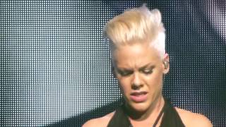 P!NK - PINK & Nate Ruess - Just Give Me A Reason - Live at the o2 in London - Sunday 28th April 2013