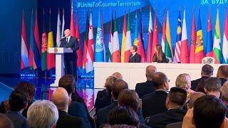 Лукашенко: Беларусь служит надежным форпостом в выявлении иностранных террористов-боевиков