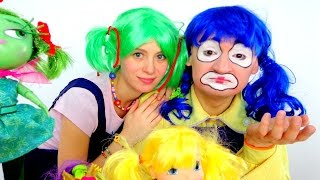 Videos for kids with Masha the Clown....
