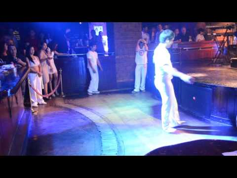 Capoeira Indonesia Jakarta show by VIVA BRAZIL Shangrila part 2