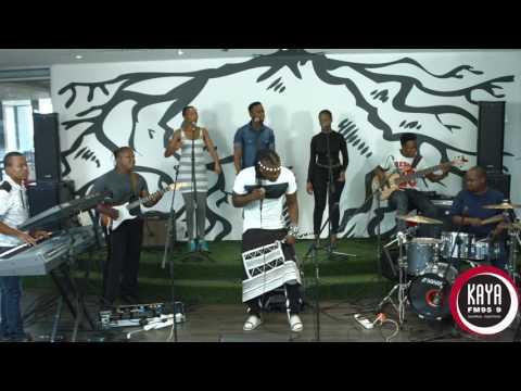 Ntando Performs Kulikhuni Live and Unplugged on Kaya FM