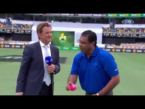 Waqar Younis Reverse Swing, Fast Bowling Masterclass   Pakistan Vs Australia 2016 17 HD