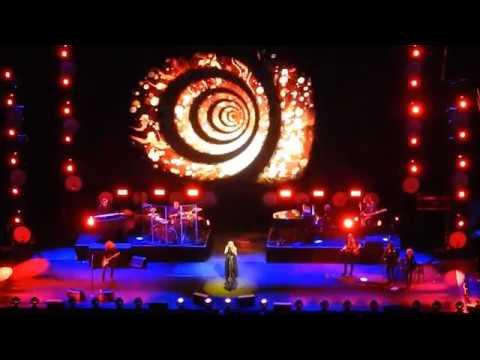 Stevie Nicks - 'Gold Dust Woman' live - ICC Sydney Theatre 08-11-17