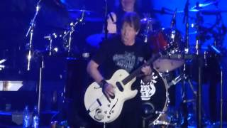 George Thorogood - Bad to the Bone @ Winterbach 2015