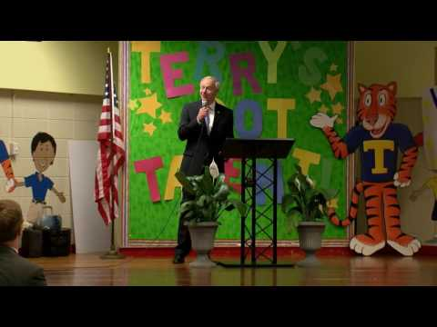 Governor Asa Hutchinson Visits Terry Elementary School