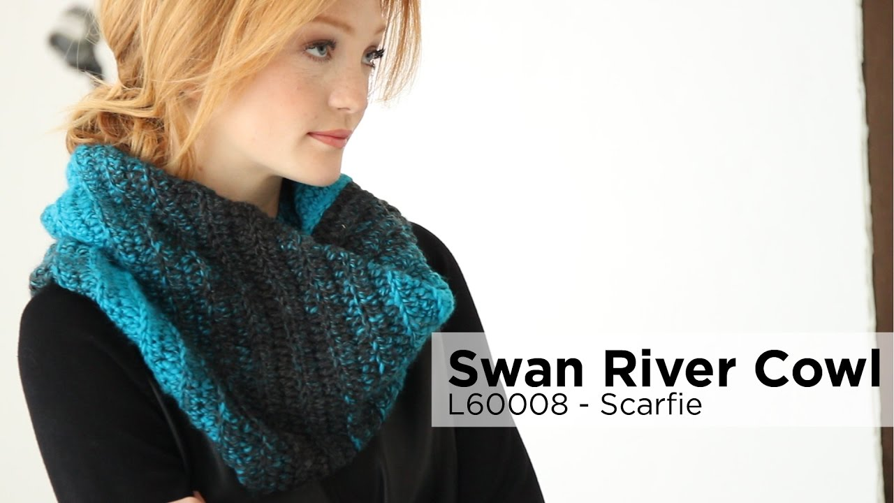 Swan River Cowl Made With Scarfie Youtube