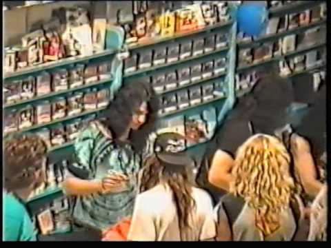 Kiss Instore Fame, Amsterdam Holland 30-05-1992
