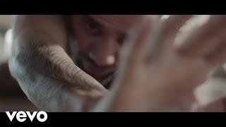 Смотреть клип Onirama - Μεθυσμένο Τατουάζ
