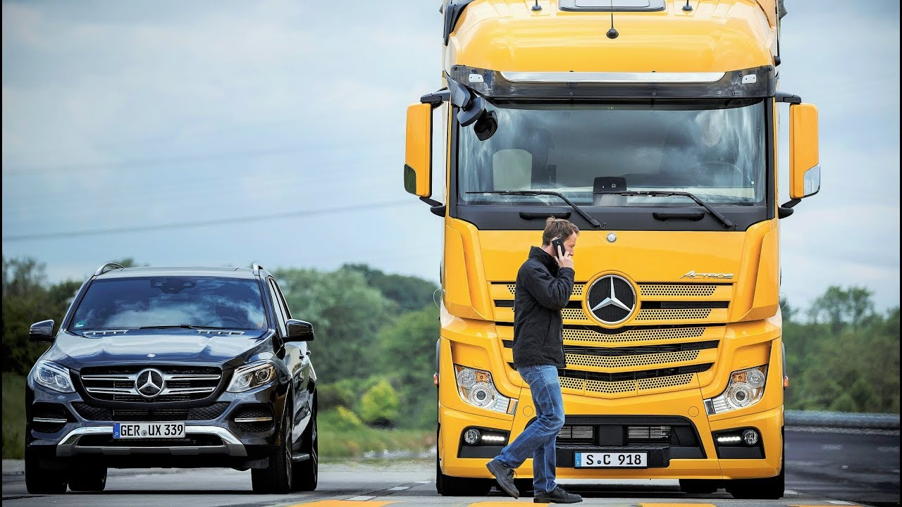 Mercedes Benz Trucks >> Mercedes Benz Trucks Safety Technologies