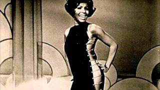 Watch Shirley Bassey The First Time Ever I Saw Your Face video