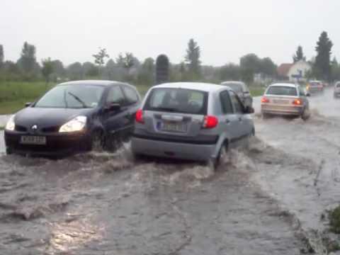 Unwetter in Berlin, Brandenburg, Deutschland (Gewitter, Starkregen, Überschwemmungen)