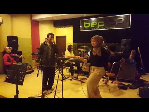 Jelang JMF 2016 : Perawan dan Bujang - Nong Niken & Darmansyah